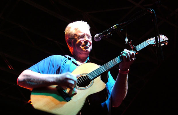 Bruce Cockburn Photo