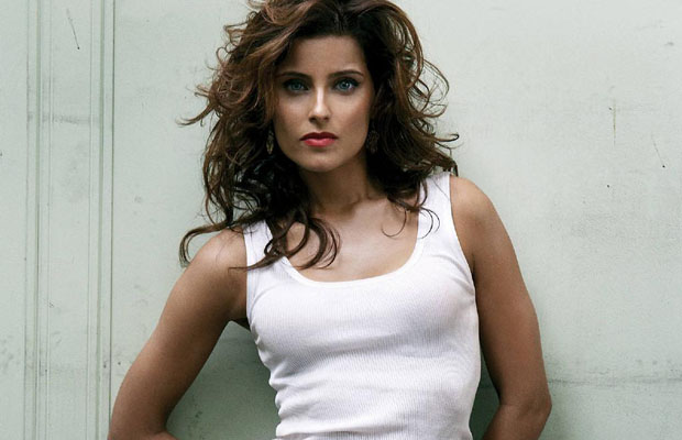 Nelly Furtado Photo